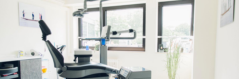 Zahnarzt Köln Innenstadt - Dr. Bongartz - Zahnarztstuhl in einem unserer Behandlungszimmer